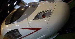 自主设计研制的高速列车人机交互驾驶仿真测试平台